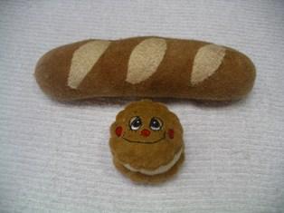 コッペパンと大判焼きさん.jpg