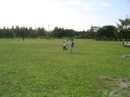 オ北田公園ひとが多かったB.jpg